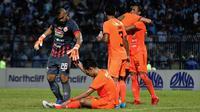 Duel Persela vs Persija di Stadion Surajaya, Lamongan (22/6/2019). (Bola.com/Aditya Wany)
