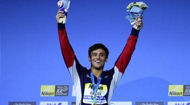 5 Fakta Tom Daley Yang Disorot Merajut Saat Olimpiade ...