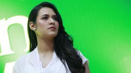 Raisa tampil perdana saat mengisi acara 'Ramadhan Ekstra Tokopedia' di Istora Gelora Bung Karno, Senayan, Jakarta Pusat. Kecantikan Raisa tak luntur meski sudah menjadi seorang ibu.(Kapanlagi.com/Agus Apriyanto)
