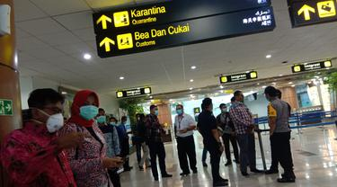 Pemeriksaan penumpang di Bandara Supadio Pontianak