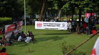 Relawan Presiden Jokowi memadati Tugu Proklamasi, Menteng, Jakarta Pusat  (Liputan6.com/ Faizal Fanani)
