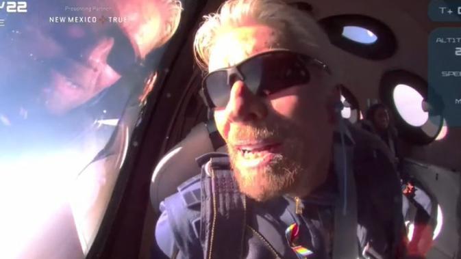 Richard Branson berhasil mengudara ke antariksa. Dok: Virgin Galactic