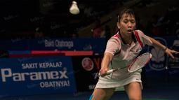 Tunggal putri Indonesia, Lyanny Mainaky, kalah 29-27, 10-21 dan 11-21 dari rekan senegaranya Jauza Sugiarto pada BCA Indonesia Open 2016 di Istora Senayan. (Bola.com/Vitalis Yogi Trisna)