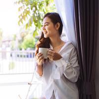 Kelebihan orang yang punya kebiasaan bangun pagi./Copyright shutterstock.com