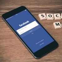 Ilustrasi Facebook - Media sosial (Foto: Unsplash.com/William Iven)