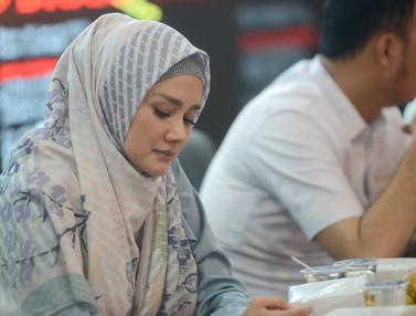 Gaya Hijab Simpel Mulan Jameela, Bisa Dijadikan Inspirasi