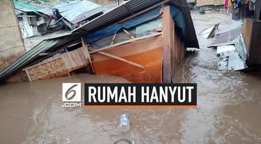 Banjir monsun melanda Filipina. Beberapa daerah tergenang banjir, salah satunya desa Tumanga. Beberapa rumah kayu pun hancur dan hanyut karena tersapu banjir.