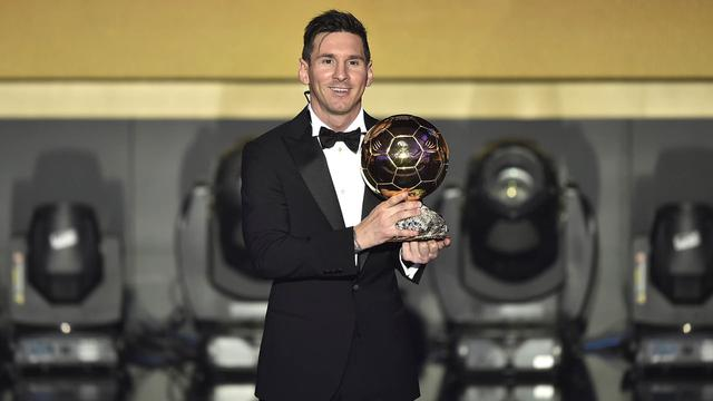 Kaleidoskop Sepak Bola Dunia 2016, Fenomena Leicester dan Kejayaan Ronaldo