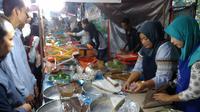 Pasar Wadai Ramadan tak hanya digelar di Banjarmasin, tetapi juga ada di Palangka Raya. (Liputan6.com/Rajana K)
