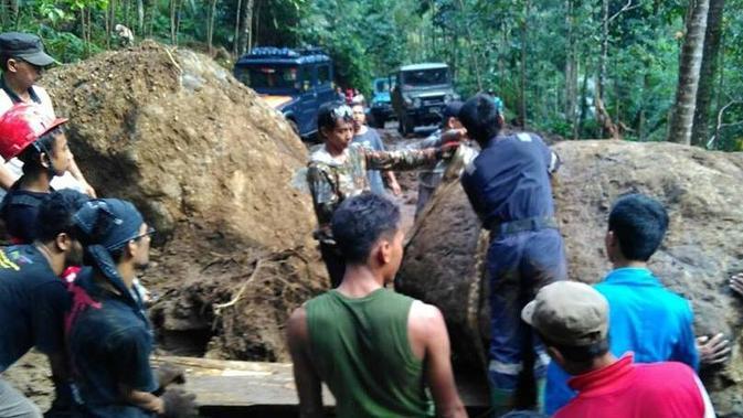 Ilustrasi – Desa Watuagung, Banyumas yang rawan longsor kini heboh oleh temuan potongan kepala dan tangan manusia diduga korban mutilasi . (Foto: Liputan6.com/Muhamad Ridlo)