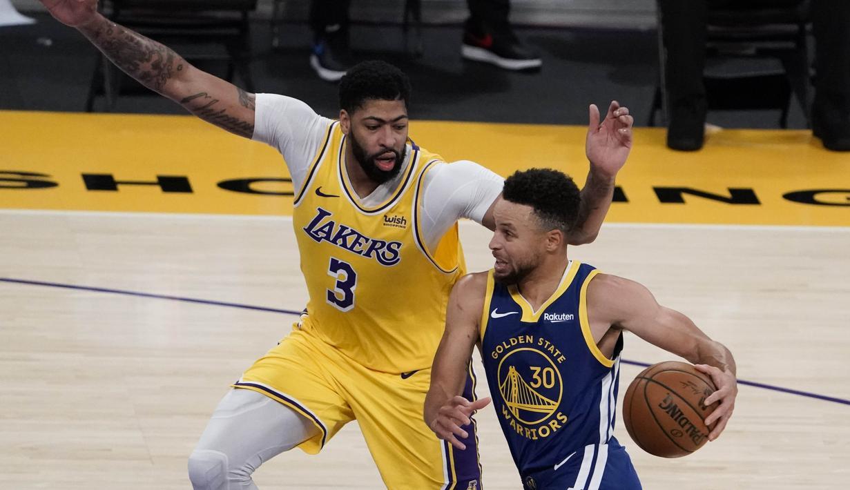 FOTO: Warriors Menang Dramatis atas LA Lakers - NBA Bola.com