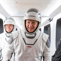 Roket Antariksa Milik Elon Musk, SpaceX Sukses Luncurkan 2 Astronaut NASA ke Luar Angkasa. (Instagram/ SpaceX)