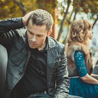 Kalau  ingin hubunganmu dengan si dia langgeng, maka jangan pernah melakukan lima hal terlarang ini.