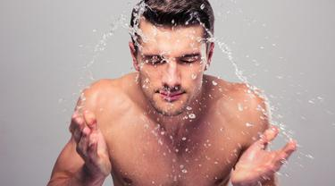 Ilustrasi pria cuci wajah