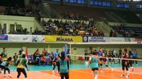 Salah satu pertandingan tim voli putri BNI 46 di Proliga 2020. (Foto: Switzy Sabandar/Liputan6.com)