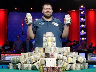 Menang Poker, Scott Blumstein Bawa Pulang Hadiah Rp 108 Miliar
