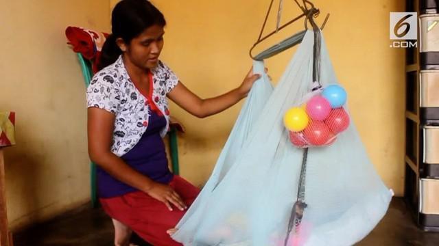 Seorang balita di Bangka Belitung terjangkit penyakit Rubella. Sang balita mengalami gejala kebutaan, gangguan pendengaran, dan pertumbuhan tubuh tak normal.