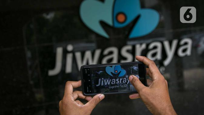 POOL Saksi Bantah Beri Miliaran Rupiah ke Eks Pimpinan Jiwasraya - News Liputan6.com