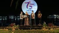 Gubernur Khofifah Serahkan Sertifikat Warisan Budaya Tak Benda kepada Bupati Banyuwangi
