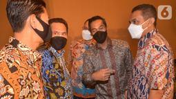 Pada forum yang mempertemukan investor dan pengusaha Wakil Ketua Umum Kadin Anindya Bakrie menyatakan Kadin Indonesia mendukung percepatan pengembangan industri dan investasi pariwisata dan ekonomi kreatif di Sulawesi Utara khususnya di Kawasan Ekonomi Khusus (KEK) Likupang. (Liputan6.com/Pool)