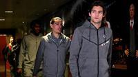 Hector Bellerin dan Marcos Alonso tampak akrab sebelum laga Arsenal kontra Chelsea. (doc. Chelsea FC)