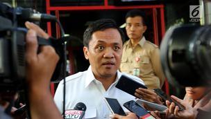 Ketua Bidang Advokasi DPP Partai Gerindra, Habiburokhman saat memberikan keterangan pers di Kantoor DPP Gerindra, Jakarta, Rabu (8/11/2017). (Liputan6.com/Johan Tallo)