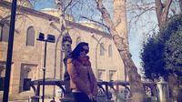 Ayu Ting Ting liburan ke Turki bersama keluarga. (dok. Instagram @ayutingting92/https://www.instagram.com/p/BtYJfJ3hf4M/Putu Elmira)