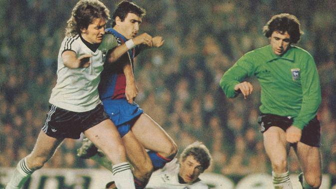 Hans Krankl dan Barcelona saat menghadapi Ipswich Town di Piala Winners 1979. (Twitter)