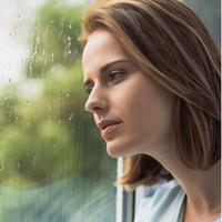 Harus terjebak di rumah karena hujan? Tenang, banyak kegiatan seru yang bisa Anda lakukan supaya enggak bosan. Apa saja?
