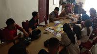 Berangkat dari kekhawatiran menipisnya stok obat tersebut, para aktivis sosial mendatangi Kantor Komisi Penanggulangan AIDS (KPA) Sumut