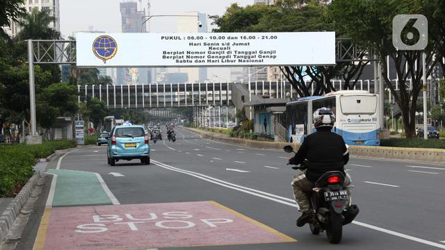 Headline Ganjil Genap Motor Saat Psbb Transisi Jakarta Apa Urgensinya News Liputan6 Com