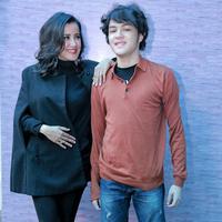 Sejak bercerai dengan Rudy Sutopo pada Oktober 2015 silam, Andi belum terlihat lagi memiliki pasangan. Lantas ia membesarkan kedua buah hatinya seorang diri. (Adrian Putra/Bintang.com)