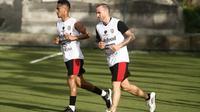 Bali United menggelar sesi latihan di lapangan sintetis, Selasa (7/1/2020). Langkah tersebut dilakukan sebagai persiapan menghadapi Tampines Rovers di Kualifikasi Liga Champions Asia 2020. (dok. Bali United)