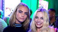 Cara Delevingne dan Margot Robbie