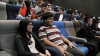 Program nonton bareng bersama kaum difabel ini diadakan komunitas Bioskop Harewos. (Liputan6.com/Huyogo Simbolon).