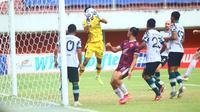 PSM Makassar bermain imbang tanpa gol dengan Persikabo 1973 pada laga pekan ke sembilan  BRi Liga 1 di Stadion Maguwoharjo,  Sleman, Selasa (26/10/2021). (Bola.com/Nandang Permana)