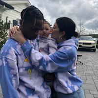 Kylie Jenner dan Travis Scott (Sumber: Instagram/travisscott/kyliejenner)