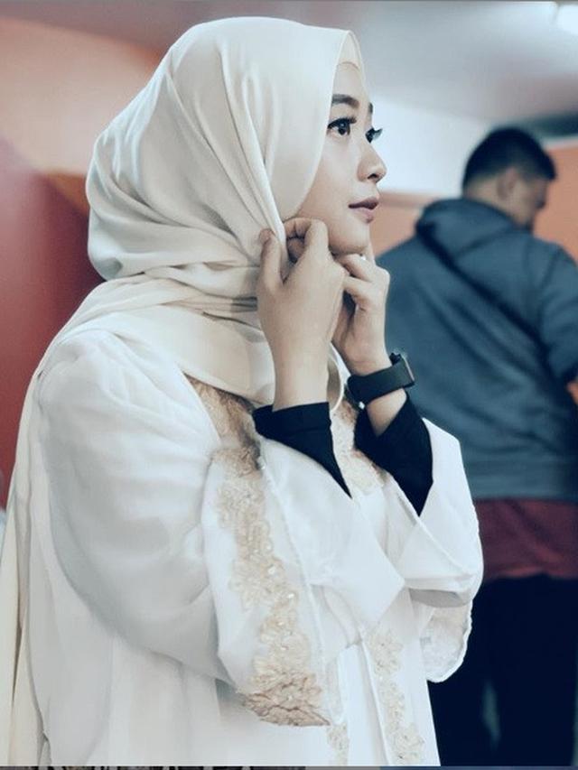 Tutorial Hijab Ega Noviantika Leiner Fashion