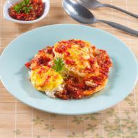 ilustrasi telur goreng cabai/copyright by Sardo Michael (Shutterstock)