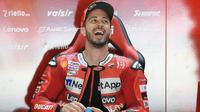 3. Pembalap Ducati, Andrea Dovizioso berada di urutan ke tiga klasemen sementara MotoGP 2020 dengan 31 poin. Pembalap asal Italia itu hanya mampu finis di urutan 11 pada balapan MotoGP Republik Ceska di Sirkuit Brno, Minggu (9/8/2020). (AFP/Lluis Gene)