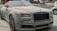 Rolls-Royce terlantar di Dubai (Zing)