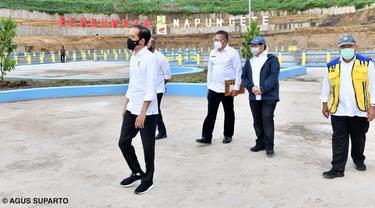 Presiden Joko Widodo (Jokowi) meresmikan Bendungan Napun Gete di Kabupaten Sikka, Nusa Tenggara Timur (NTT) pada Selasa, 23 Februari 2021