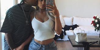 Kylie Jenner dan Tyga sempat dikabarkan tidak mendapat restu dari orang tua Kylie, saat ini diberitakan akan memiliki seorang anak. Namun hal itu hanya sekedar keinginan Kylie. (Instagram/Kyliejenner)