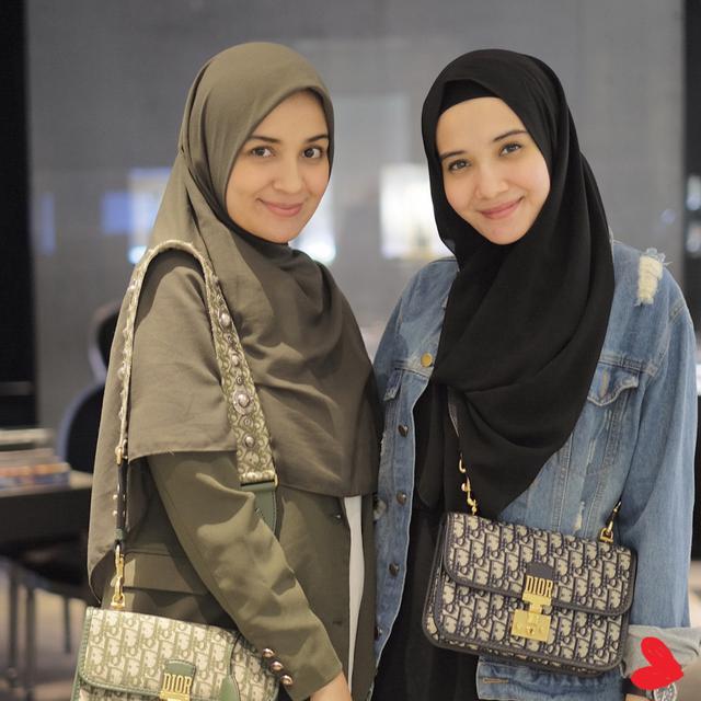 Inspirasi Hijab Smart Casual Yang Cocok Untuk Sehari Hari Ala Zaskia Sungkar Shireen Sungkar Fashion Fimela Com