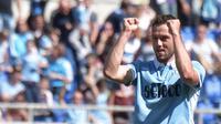 2. Stefan de Vrij (Lazio) – Juventus sebenarnya telah lama memantau bek andalan Lazio dan timnas Belanda ini. Pemain berusia 25 tahun itu membantu Lazio mengakhiri musim di peringkat kelima Serie A. (AFP/Tiziana Fabi)