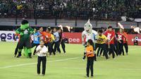 Pembukaan Shopee Liga 1 2020 di Stadion Gelora Bung Tomo, Surabaya, Sabtu malam (29/2/2020). (Bola.com/Aditya Wany)