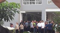 Wapres JK mengecek beberapa kamar di lantai enam di salah satu blok bangunan wisma atlet Asian Games 2018. (Merdeka.com)