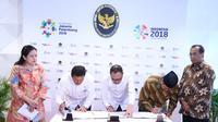 Penandatanganan perubahan atas SKB tiga Menteri tentang hari libur nasional dan cuti bersama tahun 2018 disaksikan oleh Menko PMK Puan Maharani dan Menteri Perhubungan Budi Karya Sumadi.