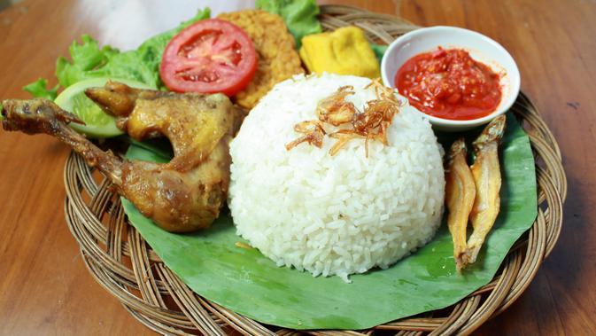 Fakta Menarik Seputar Nasi Uduk Makanan Khas Betawi Lifestyle