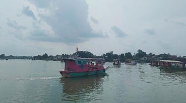 Ritual Fangshend di Danau Sipin Jambi
